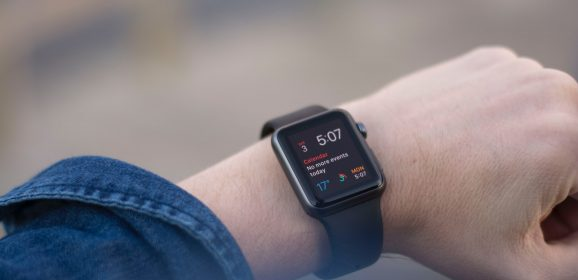 What to Expect From The Smart Watch? The Tech Rumor Building Into News